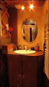 15-le-lavabo-de-la-salle-de-bain
